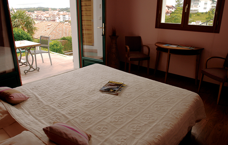Chambre - Balnéo & terrasse 7