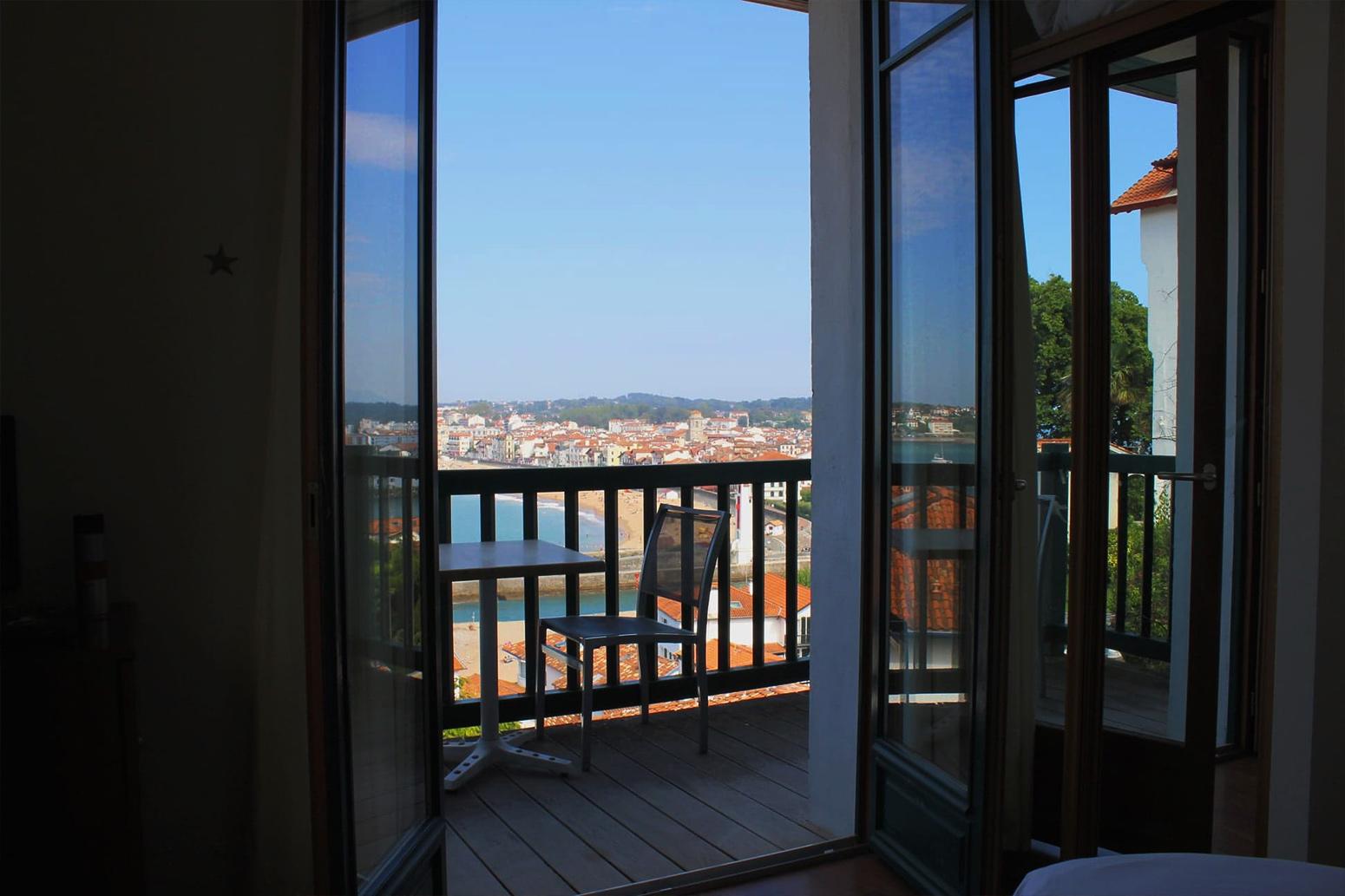 Les chambres de l'hôtel Agur Deneri
