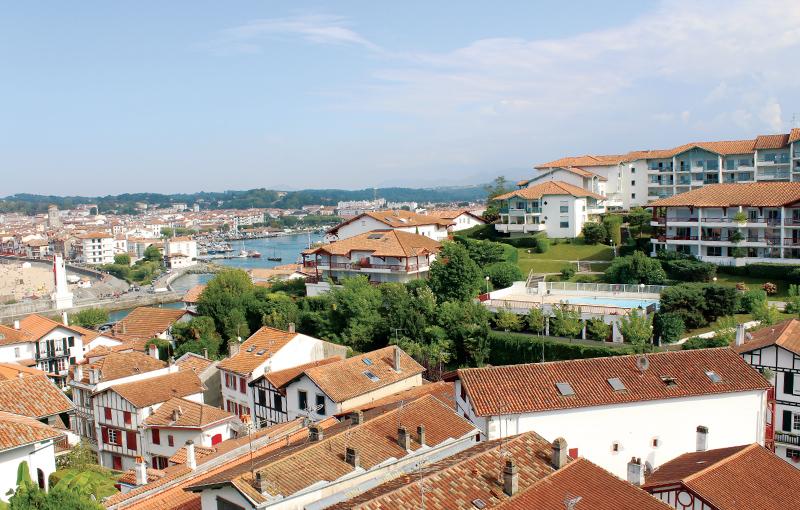 Chambres vue sur le port Agur Deneri**