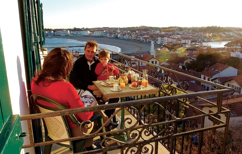 Chambres vue Port - douche & balcon